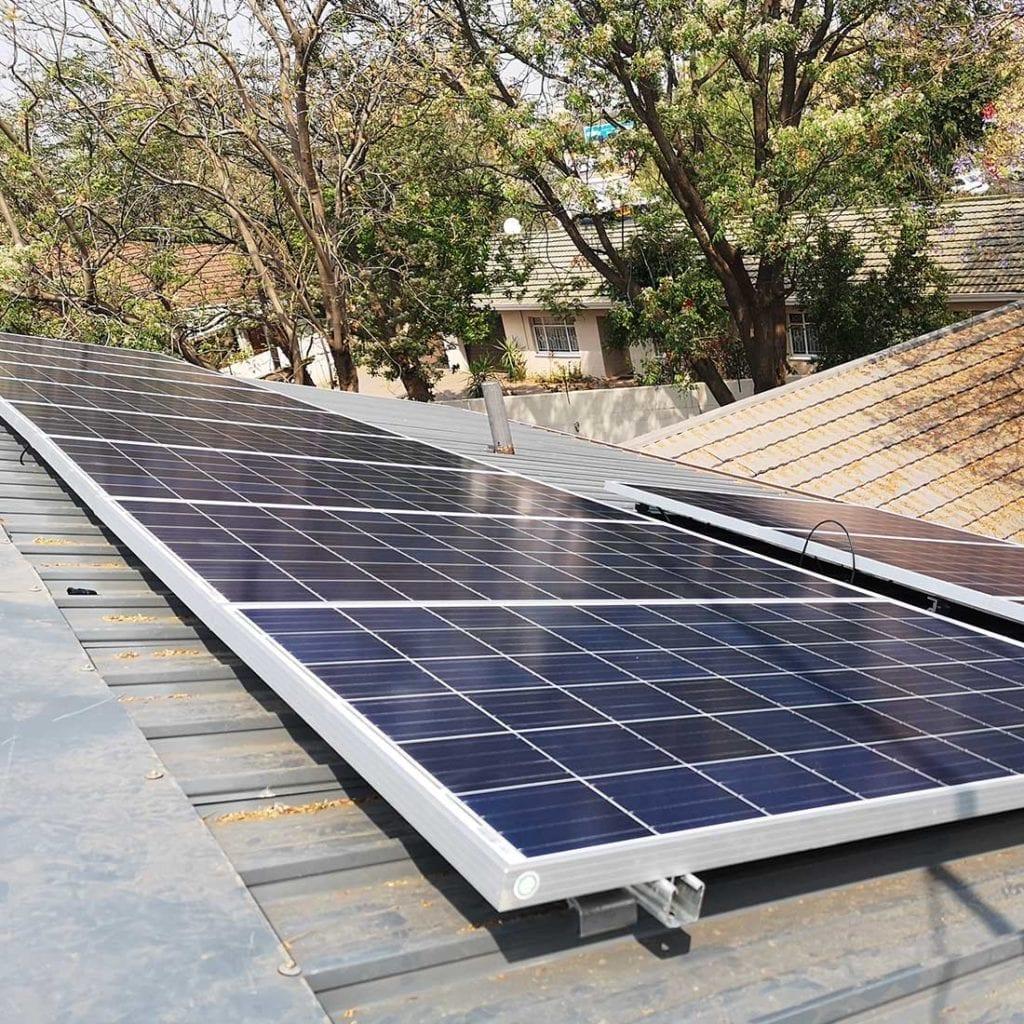 Solar-Hybrid-Home-Installation-02